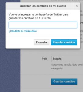 guardar cambios en la cuenta de Twitter 272x300 Truco para que aparezca el botón de descargar todos los tuits en la web de Twitter (o no) [Actualizado]
