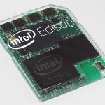 Intel-Edison, un ordenador del tamaño de una tarjeta de memoria SD