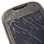 Smartphone roto por caída
