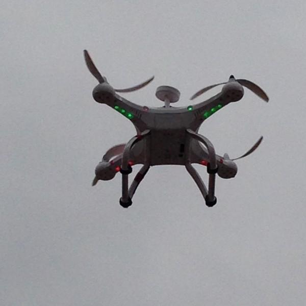 El dron Cheerson CX-20 en el aire