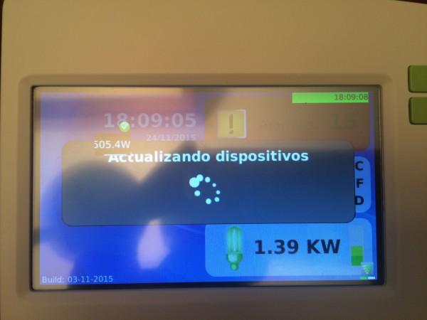 Central de control en proceso de actualización (Wattio Gate)
