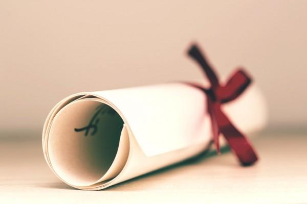 Cómo obtener el certificado de correspondencia de títulos universitarios oficiales (pre-Bolonia) y niveles MECES