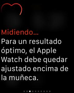 Apple Watch: para un resultado óptimo, el Apple Watch debe quedar ajustado encima de la muñeca