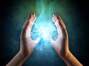 ¿Arreglar un dispositivo electrónico por arte de magia o tecnokinesis?
